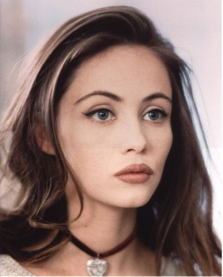 makeup of the 1990s