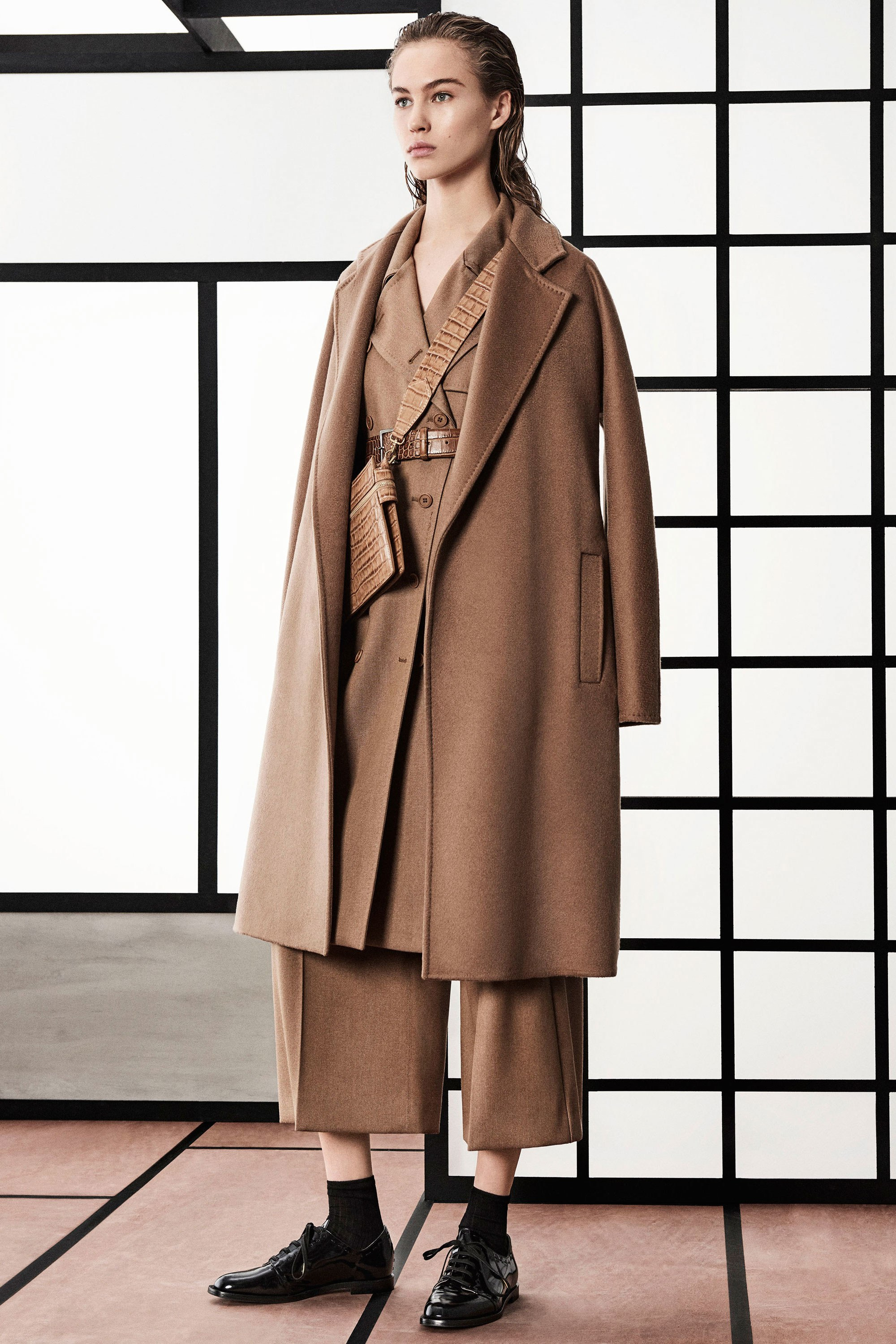 Oversized Coats Winter 2018 - Max Mara Pre-Fall 2018