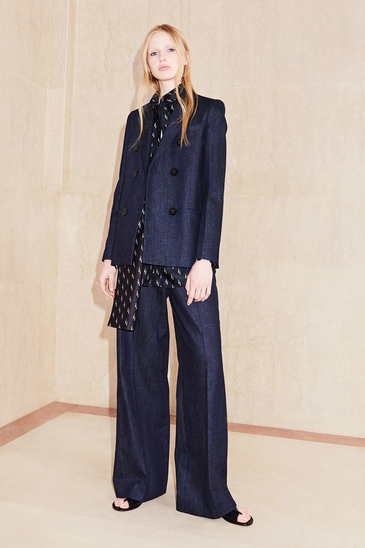 Resort 2018 Collections - Victoria Victoria Beckham - Denim Outfit Work Look